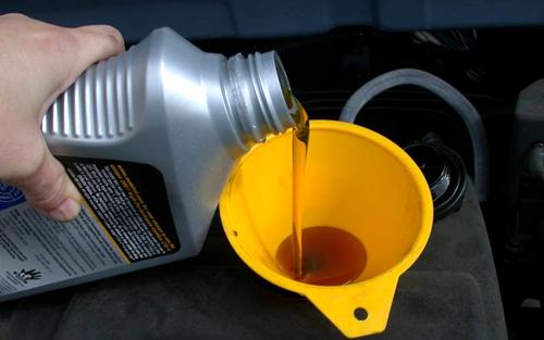 Внимательно отнеситесь к выбору моторного масла для холодного времени года