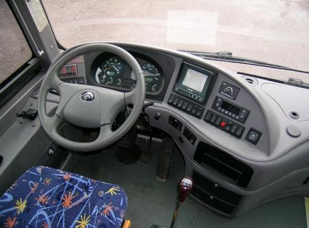 Водительское место с механической коробкой передач