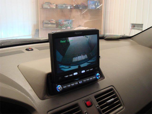 Так выглядит изображение с камеры заднего вида на мониторе