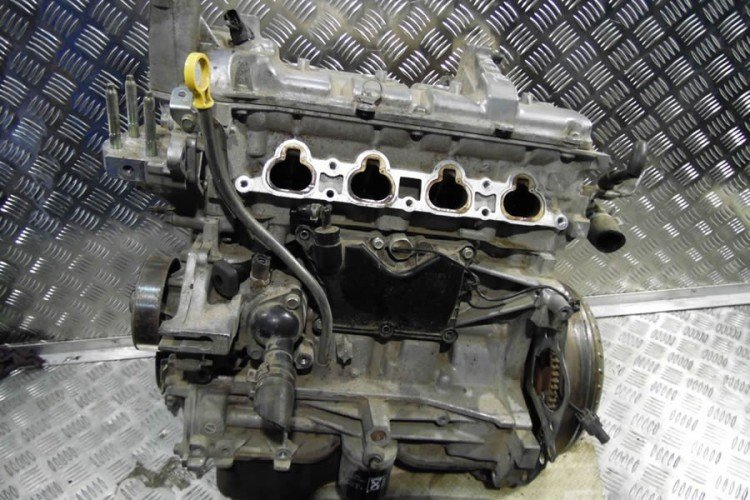 Двигатель Мазда 3 Z6 1,6