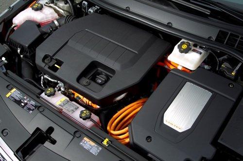 Моторный отсек Chevrolet Volt