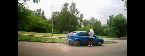 Наружное видеонаблюдение может зафиксировать угон автомобиля