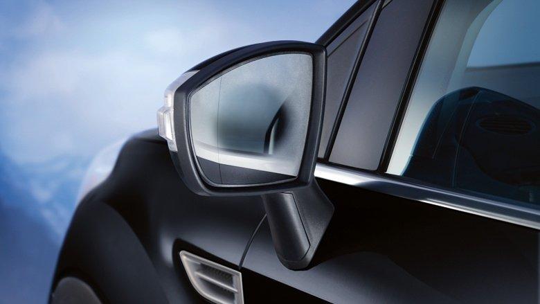Зеркала с подогревом обеспечат хороший обзор в любое время года