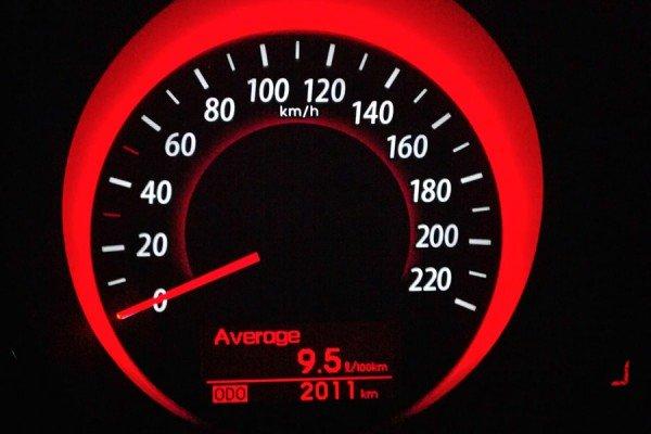 Автомобильный одометр
