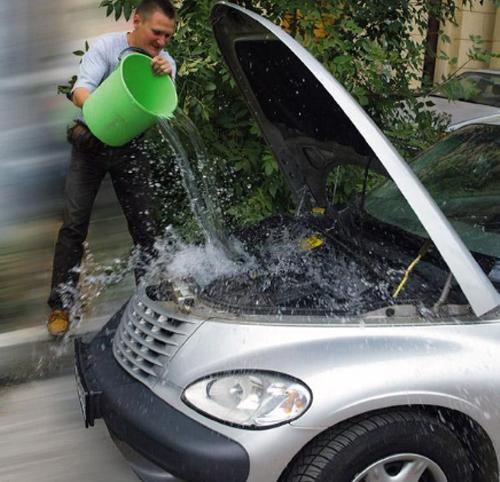 Так не нужно охлаждать двигатель автомобиля при перегреве
