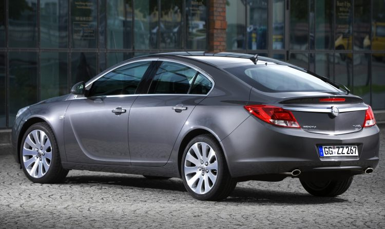 Opel Insignia Hatchback (Опель Инсигния Хэтчбэк)