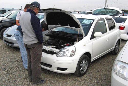 Только тщательный осмотр поможет вам не ошибиться при выборе автомобиля б/у