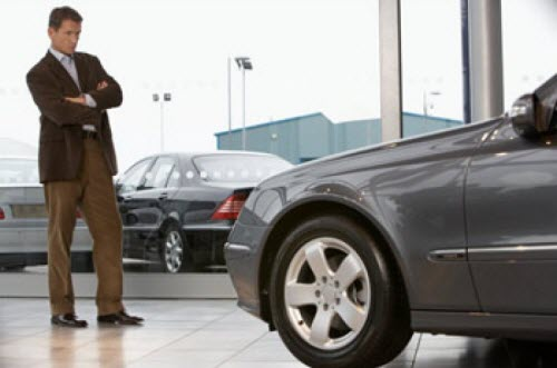 Осматриваем кузов подержанного автомобиля