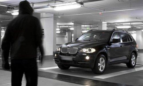 На ночь ставьте машину в освещенных местах
