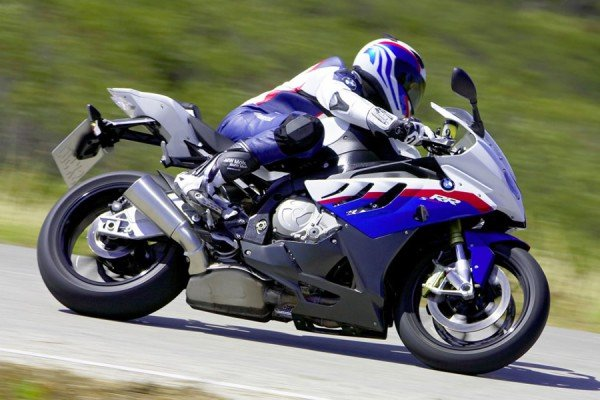 Мотоцикл на передаче