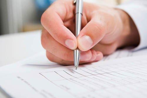 Подписание договора автострахования на купленый автомобиль