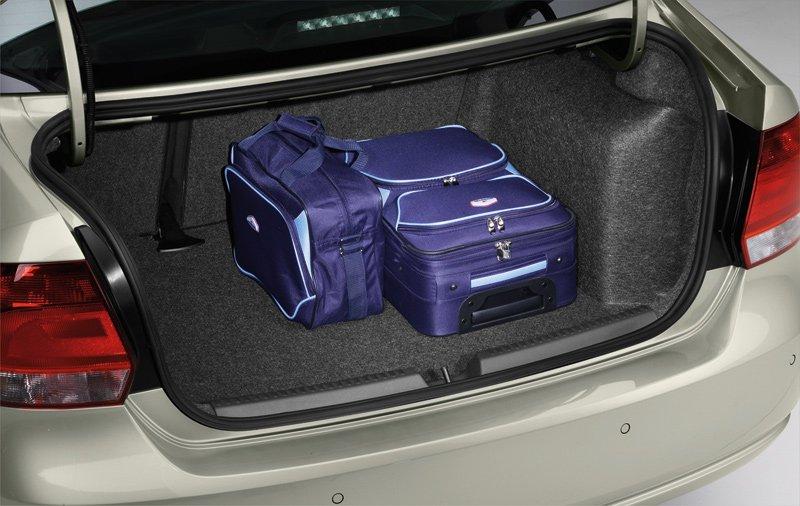 Багажник вмещает 460 литров полезного груза