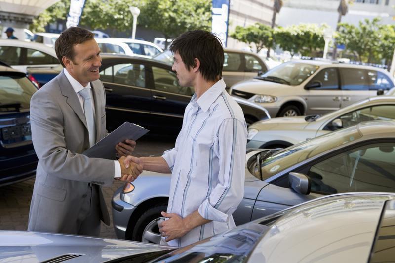 При покупке поддержанного автомобиля - попросите помощи у специалистов