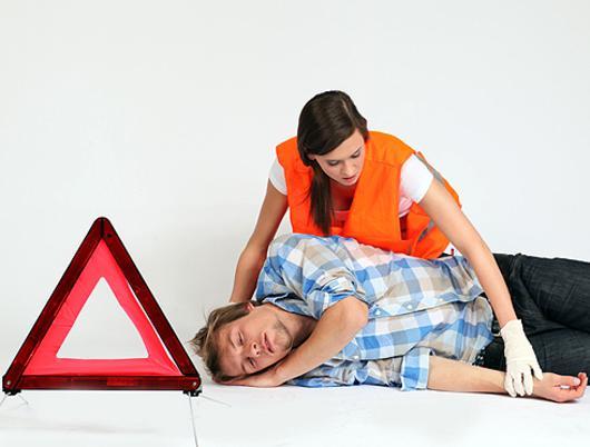 Важно правильно оказать помощь при обмороке