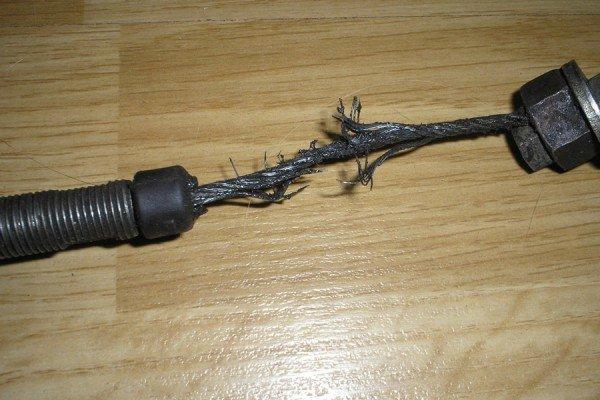 Порвался тросик привода сцепления
