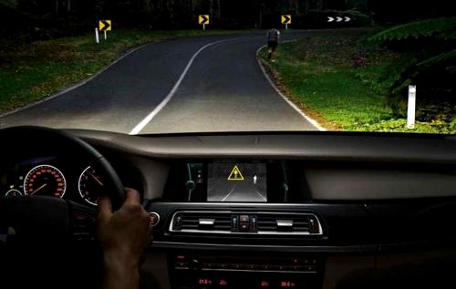 В ночное время любой поворот на незнакомой дороге может стать опасным