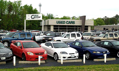 Автомобиль б/у имеет бесспорное преимущество в стоимости по сравнению с новым