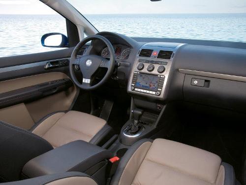 Внешний вид салона Volkswagen Touran