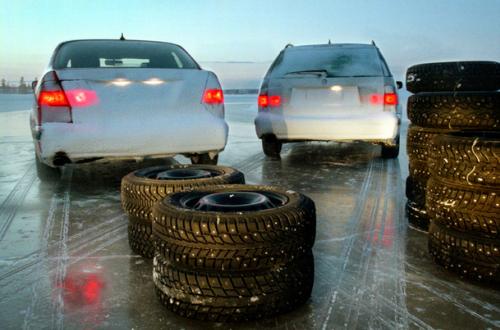 Выбираем шипованные зимние шины для ледяных дорог сезона 2017