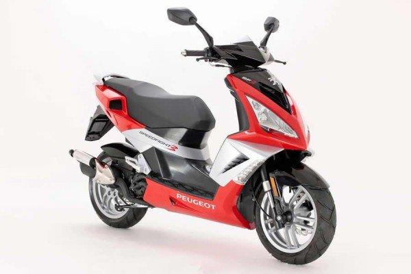Среднеразмерный скутер