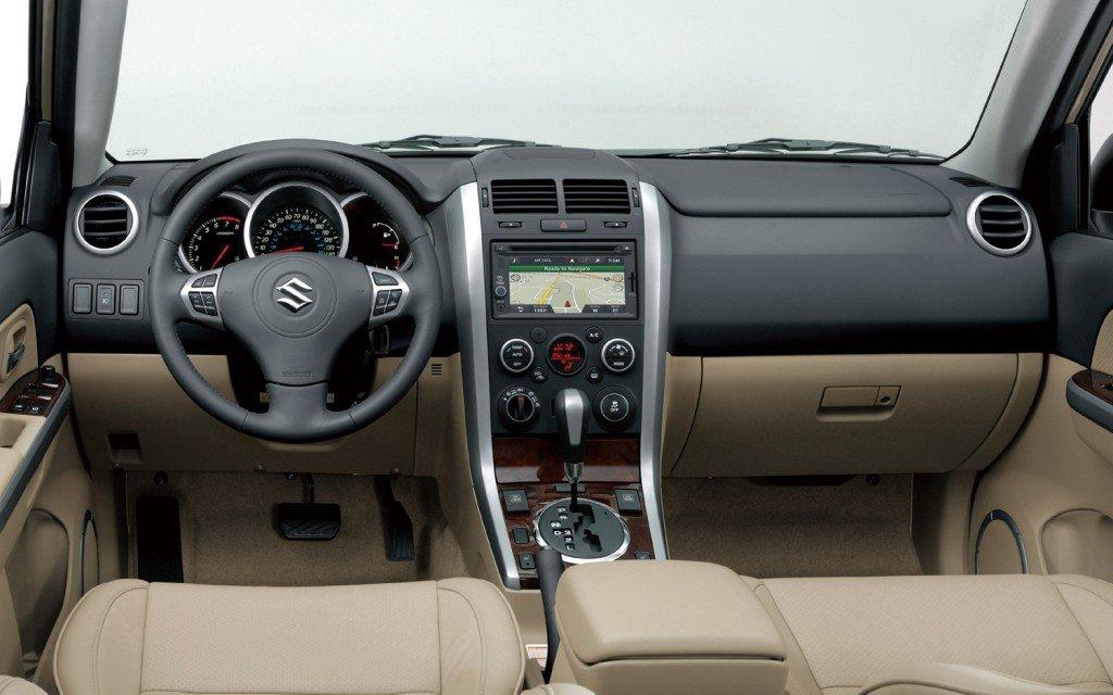 Suzuki получила современный салон и отличный обзор