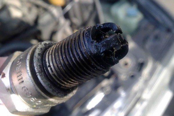 Свечи зажигания и двигатель