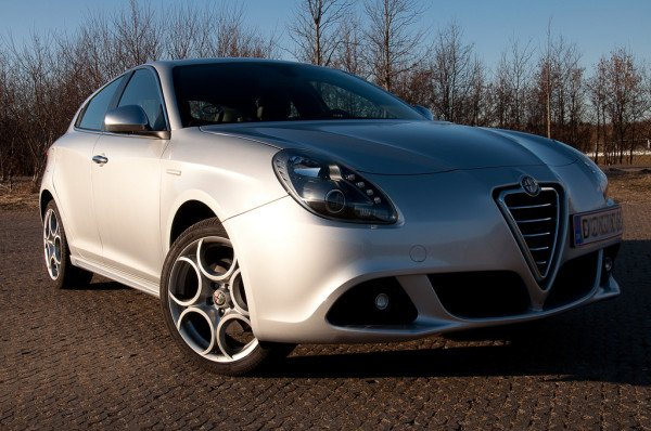 обзор Alfa Romeo Giulietta