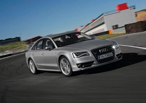 Внешний вид Audi S8 новой версии