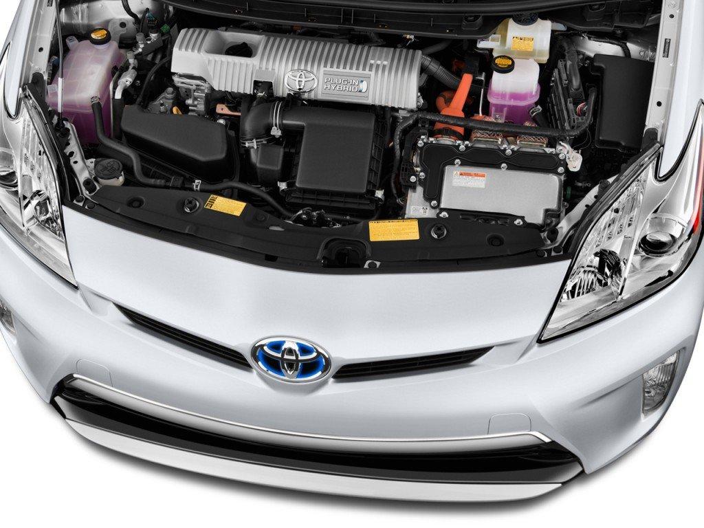 С использованием гибридного двигателя - автомобиль получился очень экономным