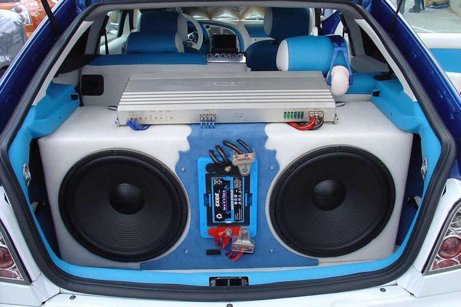Как правильно настроить музыку в машине