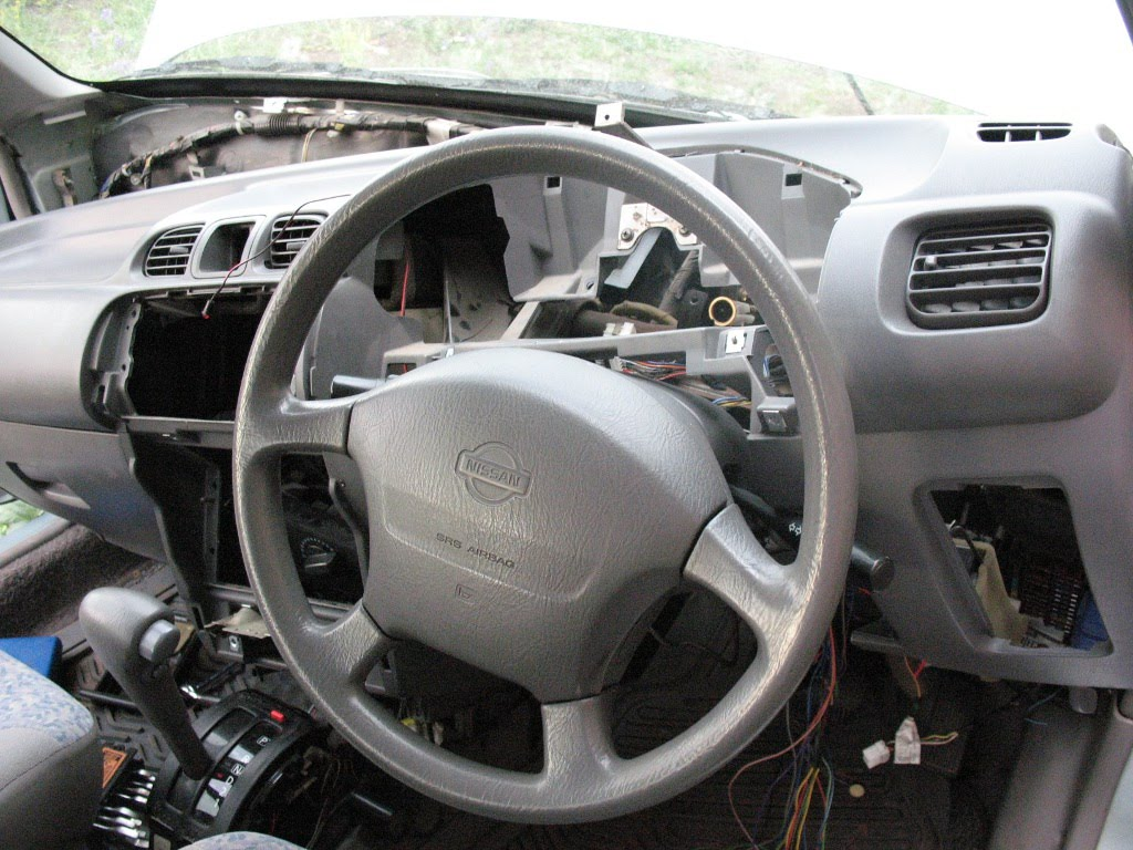 Установка сигнализации в автомобиль требует определенных навыков