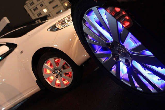 Очень стильно выглядит подсветка дисков