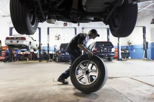 Менять шины весной следует только тогда, когда погода будет стабильно теплой и без заморозков