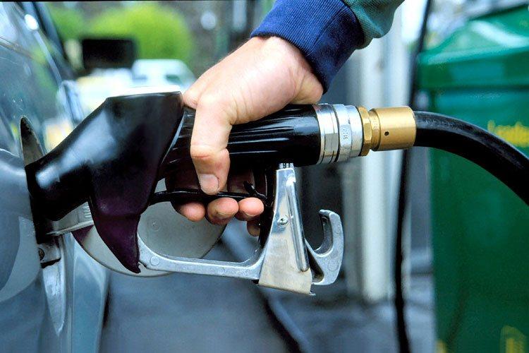 Заправляйте автомобиль высокооктановым топливом