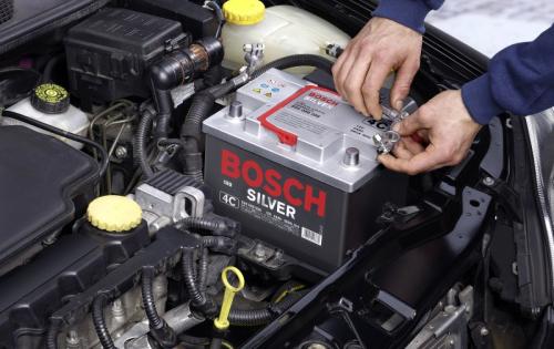 Перед зарядкой аккумулятор требует тщательной предварительной проверки