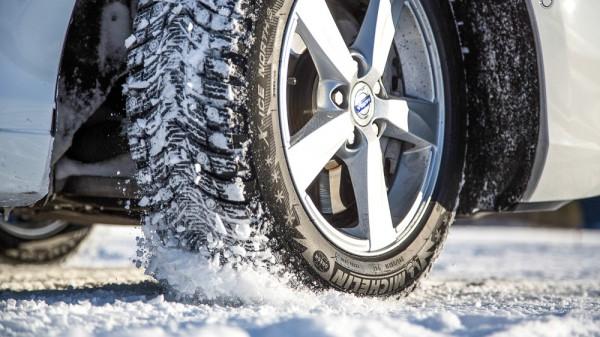 зимние шины шипы или липучка тесты